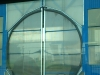 Vyříznutá vrata k hangárům